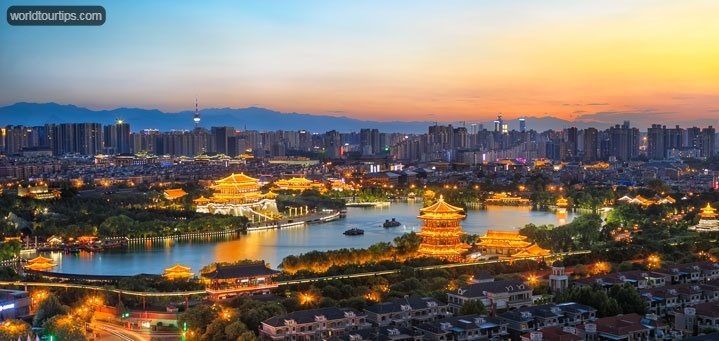 https://worldtourtips.com/best-places-to-visit-in-china/