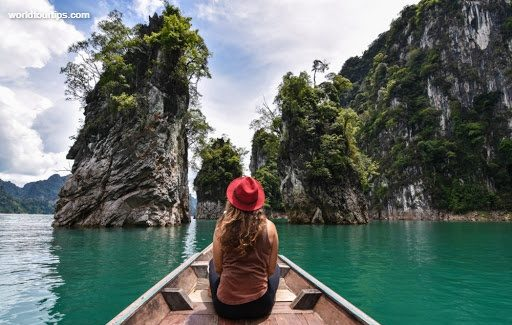 https://worldtourtips.com/top-10-islands-and-places-you-should-not-miss-in-thailand/